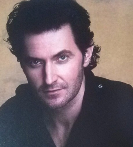 Richard Armitage curly locks